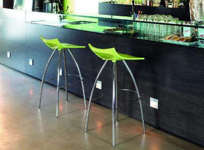Ideal für Küchen sind Barstühle in Sitzhöhe 65 cm